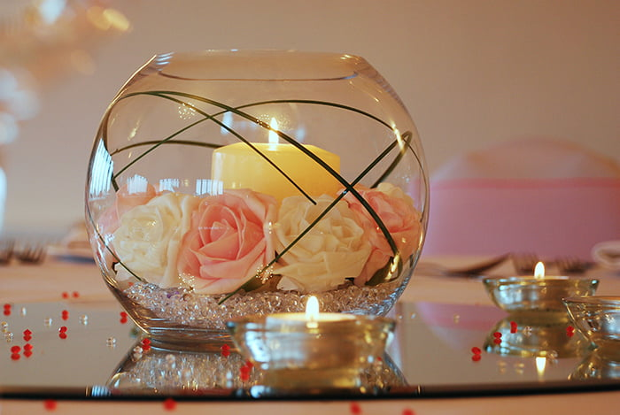 Hire Table Centrepieces - 8 inch fish bowl with candle